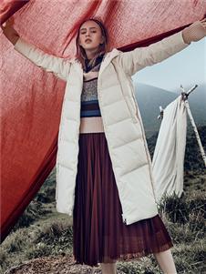 丽迪莎女装丽迪莎秋冬新款时尚羽绒服