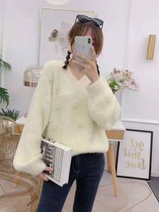 碧成萱2019冬季女装毛衣