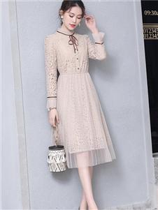 花月秋女装白色蕾丝连衣裙