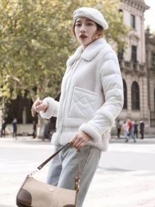 碧成萱2019冬季女装毛领棉衣