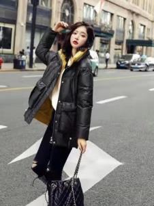 碧成萱女装冬新款黑色羽绒服