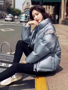 碧成萱2019冬季女装羽绒服