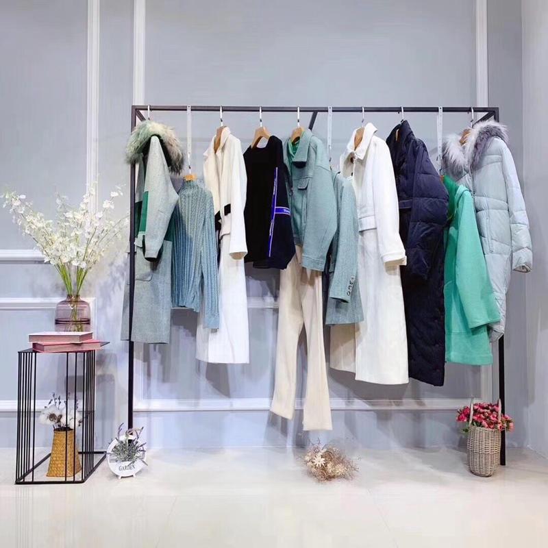 迪图深圳高端品牌折扣女装批发品牌尾货女装分份批发