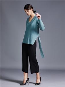 艾米女装蓝色针织衫