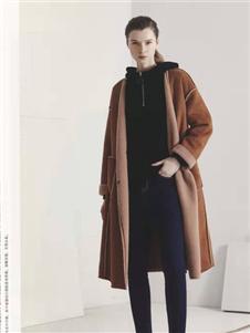 点占女装棕色大衣