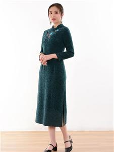 忆花寻墨绿色旗袍