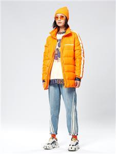 木果果木女装2019新款橙色羽绒服