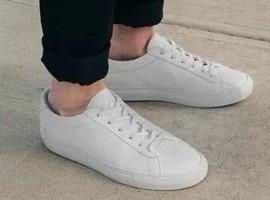 小白鞋如何玩转千亿美元运动鞋市场?