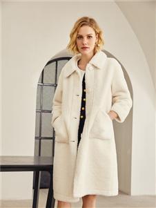 TITI女装TITI女装白色外套