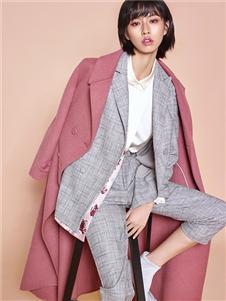 迪凱女裝粉色大衣