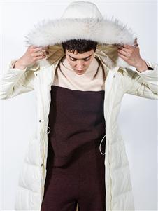 阿莱贝琳女装毛领羽绒衣 款号368158