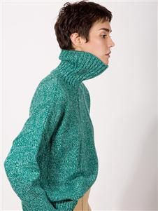 阿莱贝琳女装绿色高领毛衣 款号368160
