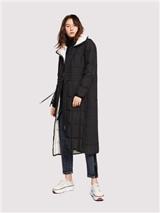娅铂周末黑色长款羽绒服