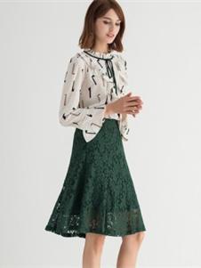 纳纹绿色蕾丝半裙