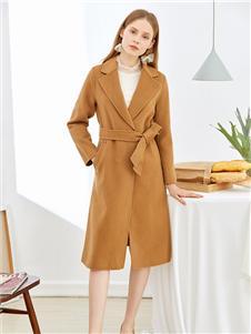 朵以女装朵以女装卡其色大衣