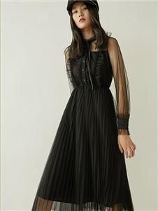 爱客女装黑色连衣裙 款号369232