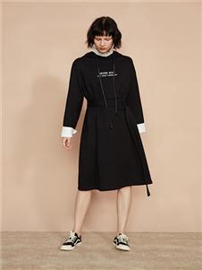 F/SHiNE方示新款黑色连衣裙
