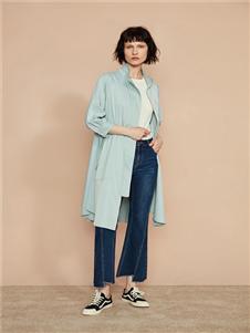 F/SHiNE方示新款浅蓝色风衣
