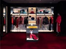 奢侈品牌爆發收購大戰!傳Gucci母公司將收購Moncler