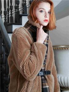 质萃女装毛绒外套