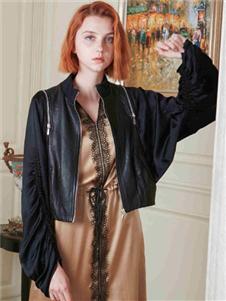 质萃女装黑色外套
