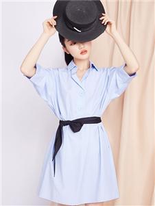 峦左女装蓝色连衣裙