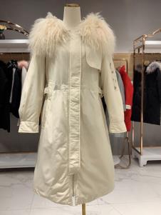 卓越女装冬季新款大毛领