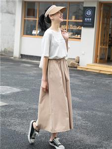 愛馬丁時尚女裝新款