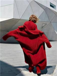 壹麦娇迪女装红色羊羔绒外套