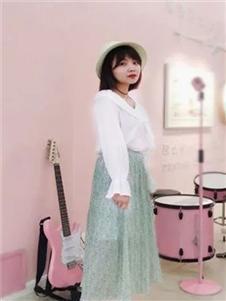 幻彩四季女装衬衫