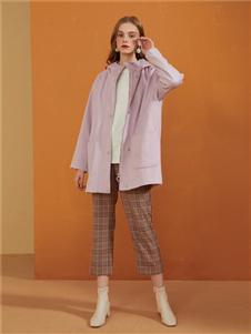 E·LAND粉色外套