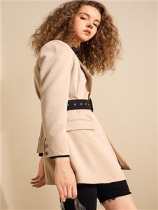 我本布衣女装西装外套