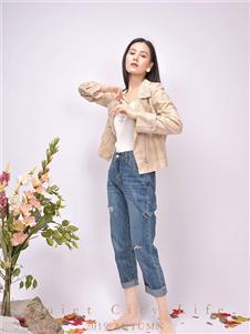 都市方案女装米白色外套