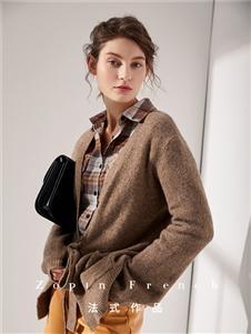 作品女装咖色针织衫外套