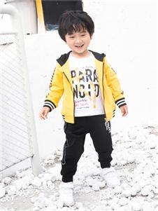 棉之子童装棉之子童装黄色外套