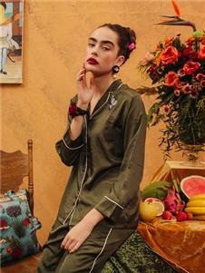 娜摩米内衣绿色长袖居家服