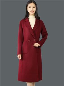 高赏依品红色羊绒大衣
