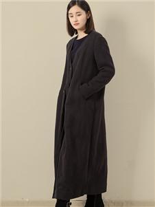 東景記女装黑色外套