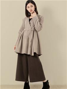 東景記女装灰色外套
