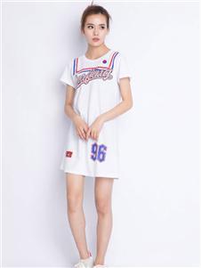 中国娃娃白色连衣裙