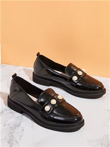西遇女鞋黑色皮鞋