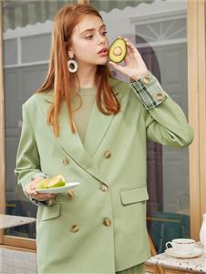 西遇女装绿色西装外套