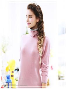贝加尔女装粉色针织衫