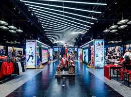 运动品牌店越开越大 品牌和业主的各自考量如何?