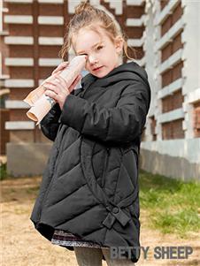 贝蒂小羊童装贝蒂小羊童装2019秋冬款黑色中长款轻薄保暖羽绒服