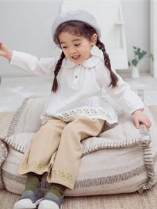 BB.T蚌蚌唐童裝2019秋冬款白色娃娃衫