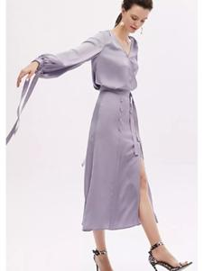 红贝缇女装2019紫色连衣裙