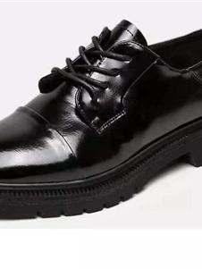 伊迪亞2019新款黑色皮鞋