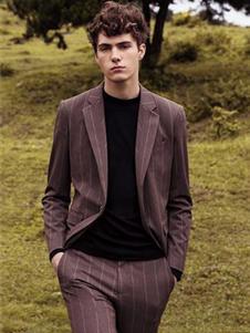 格度佐致2019棕色条纹西装