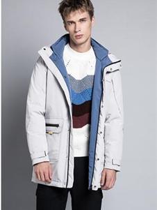 格度佐致2019白色加厚外套